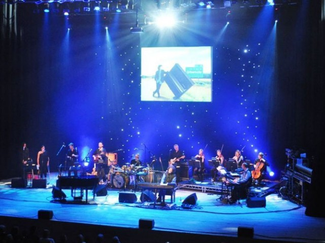 Gilbert O'Sullivan 2012 – Lighting hire and design, Martin's Lights, Reading