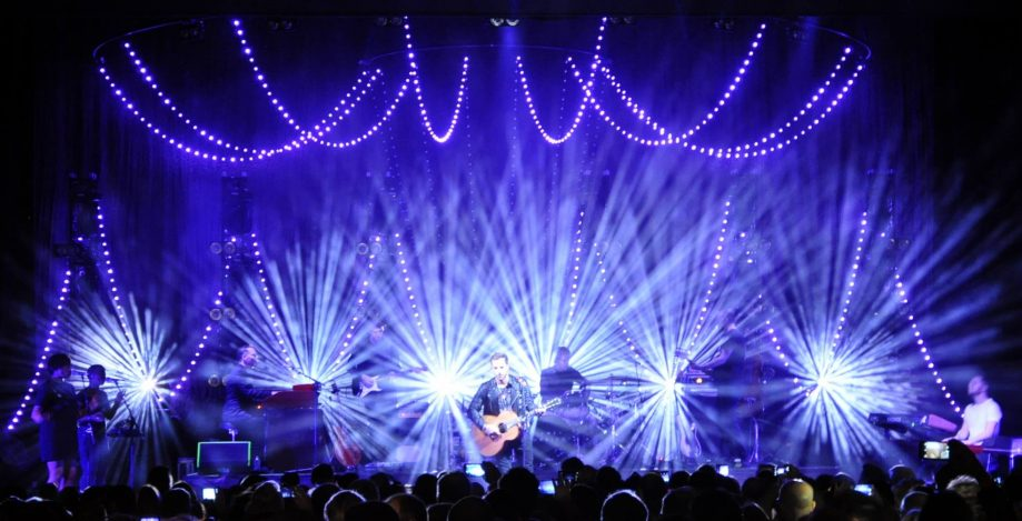 James Morrison, UK tour, March 2016 - lighting design Cate Carter/Bryte Design Studios, lighting direction Martin's Lights